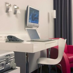 Отель Select Checkpoint Charlie 4* Стандартный номер фото 7
