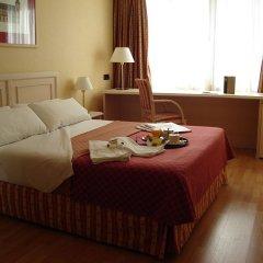 Отель Senator Castellana (I) 3* Стандартный номер с двуспальной кроватью