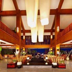 Sanya Guesthouse International Hotel интерьер отеля