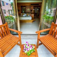 Seaview Patong Hotel балкон