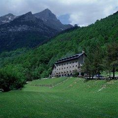 Отель Parador De Bielsa Huesca вид на фасад
