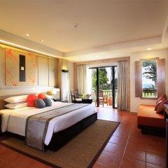 Отель Phuket Marriott Resort & Spa, Merlin Beach 5* Номер категории Премиум с различными типами кроватей