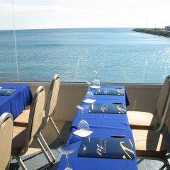 Hotel Sercotel Spa Porta Maris пляж