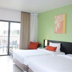 Отель Deevana Plaza Phuket 4* Улучшенный номер с различными типами кроватей фото 4