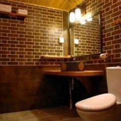 Отель Zhongtang Courtyard Китай, Пекин - отзывы, цены и фото номеров - забронировать отель Zhongtang Courtyard онлайн ванная