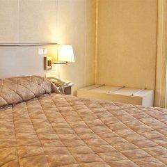 Отель De Paris Montmartre Париж комната для гостей фото 7