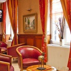 Отель De Paris Montmartre Париж развлечения