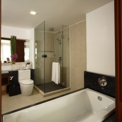 Отель La Flora Resort Patong фото 23