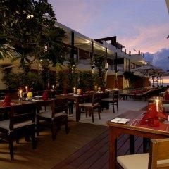 Отель La Flora Resort Patong столовая на открытом воздухе фото 3