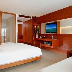 Отель La Flora Resort Patong фото 7
