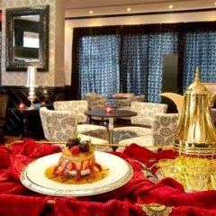 Coral Oriental Dubai Hotel гостиничный бар