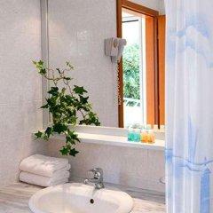 Отель Daphne Holiday Club Греция, Халкидики - 1 отзыв об отеле, цены и фото номеров - забронировать отель Daphne Holiday Club онлайн ванная фото 2