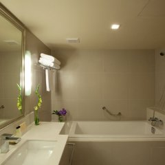 Отель Mercure Bangkok Sukhumvit ванная фото 3