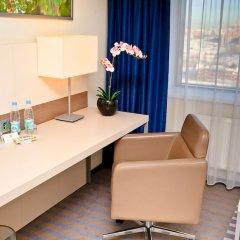Гостиница Холидей Инн Московские ворота собственный бизнес-центр