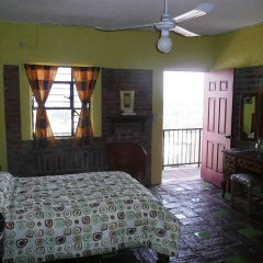 Отель Old Mazatlan Inn комната для гостей