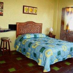 Отель Old Mazatlan Inn комната для гостей фото 2