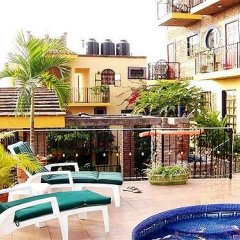 Отель Old Mazatlan Inn бассейн