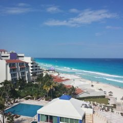Отель Solymar Cancun Beach Resort открытый бассейн