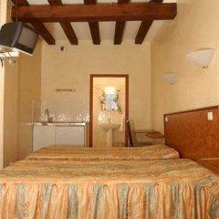 Отель Résidence Bourgogne Франция, Париж - 7 отзывов об отеле, цены и фото номеров - забронировать отель Résidence Bourgogne онлайн комната для гостей фото 5