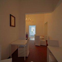 Отель The Traveler's Home Италия, Рим - отзывы, цены и фото номеров - забронировать отель The Traveler's Home онлайн комната для гостей фото 2
