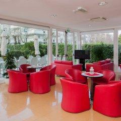Hotel Bahama гостиничный бар