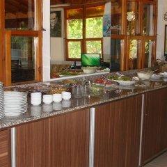 Отель Kiyi Pansiyon питание