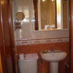 Отель Hostal Conchita II ванная фото 2