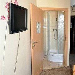 Отель Kolor Hostel Польша, Вроцлав - отзывы, цены и фото номеров - забронировать отель Kolor Hostel онлайн удобства в номере фото 2