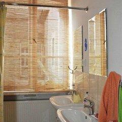 Отель Kolor Hostel Польша, Вроцлав - отзывы, цены и фото номеров - забронировать отель Kolor Hostel онлайн ванная