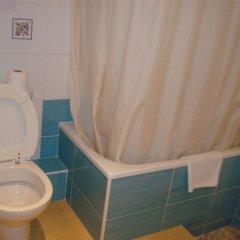 Отель Hostal Rembrandt ванная фото 2