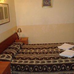 Отель Hostal Rembrandt комната для гостей фото 2