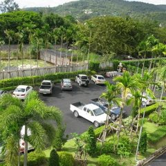 Отель Malai House парковка