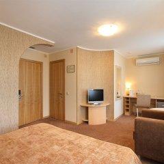 Лайнер Аэропорт-Отель Екатеринбург комната для гостей фото 9