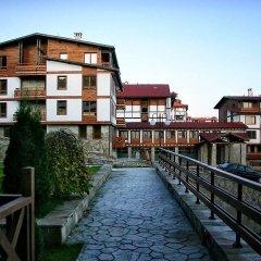 Отель Green Life Resort Bansko Болгария, Банско - отзывы, цены и фото номеров - забронировать отель Green Life Resort Bansko онлайн приотельная территория фото 2