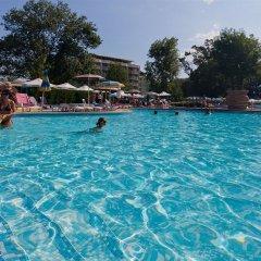 Отель Club Hotel Flora Park Болгария, Солнечный берег - отзывы, цены и фото номеров - забронировать отель Club Hotel Flora Park онлайн бассейн фото 3
