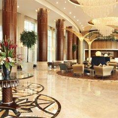 Отель Khalidiya Palace Rayhaan by Rotana интерьер отеля