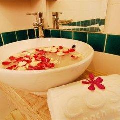 Отель Cosy Beach Hotel Таиланд, Паттайя - отзывы, цены и фото номеров - забронировать отель Cosy Beach Hotel онлайн ванная