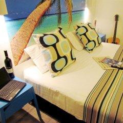 Отель Dizengoff Sea Residence Тель-Авив комната для гостей фото 3