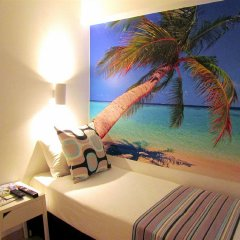 Отель Dizengoff Sea Residence Тель-Авив комната для гостей фото 5