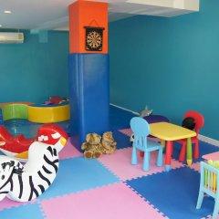 Отель Baan Yuree Resort and Spa закрытая детская игровая площадка