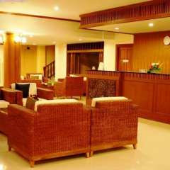 Отель Baan Yuree Resort and Spa лобби