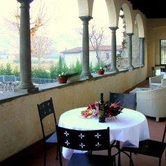 Отель Monastero Del Lavello Италия, Калольциокорте - отзывы, цены и фото номеров - забронировать отель Monastero Del Lavello онлайн питание