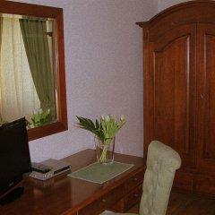 Отель Monastero Del Lavello Италия, Калольциокорте - отзывы, цены и фото номеров - забронировать отель Monastero Del Lavello онлайн комната для гостей фото 2