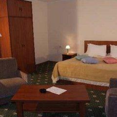 Отель Bazaleti Palace сейф в номере