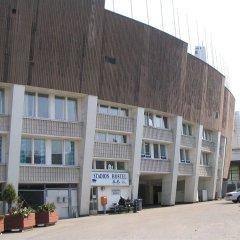 Stadion Hostel Helsinki парковка