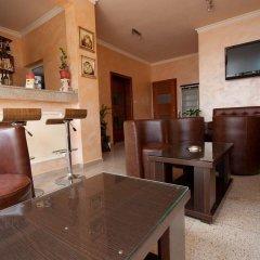 Отель TATJANA Будва гостиничный бар