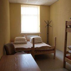 Отель Hostel 10 Литва, Каунас - отзывы, цены и фото номеров - забронировать отель Hostel 10 онлайн комната для гостей фото 3