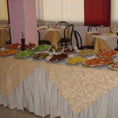 Отель John Италия, Римини - отзывы, цены и фото номеров - забронировать отель John онлайн питание фото 2