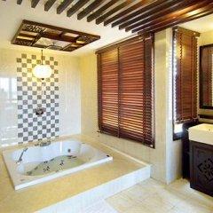 Отель Long Life Riverside Hotel Вьетнам, Хойан - отзывы, цены и фото номеров - забронировать отель Long Life Riverside Hotel онлайн ванная