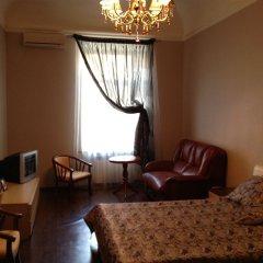 Апартаменты Studio At Greek Street комната для гостей фото 2